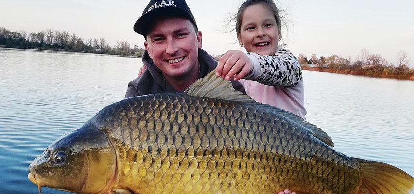 Oto zgrany duet w domu, ale i nad wodą. 9-letnia Milenka kocha łowić ryby tak jak jej tata Łukasz!