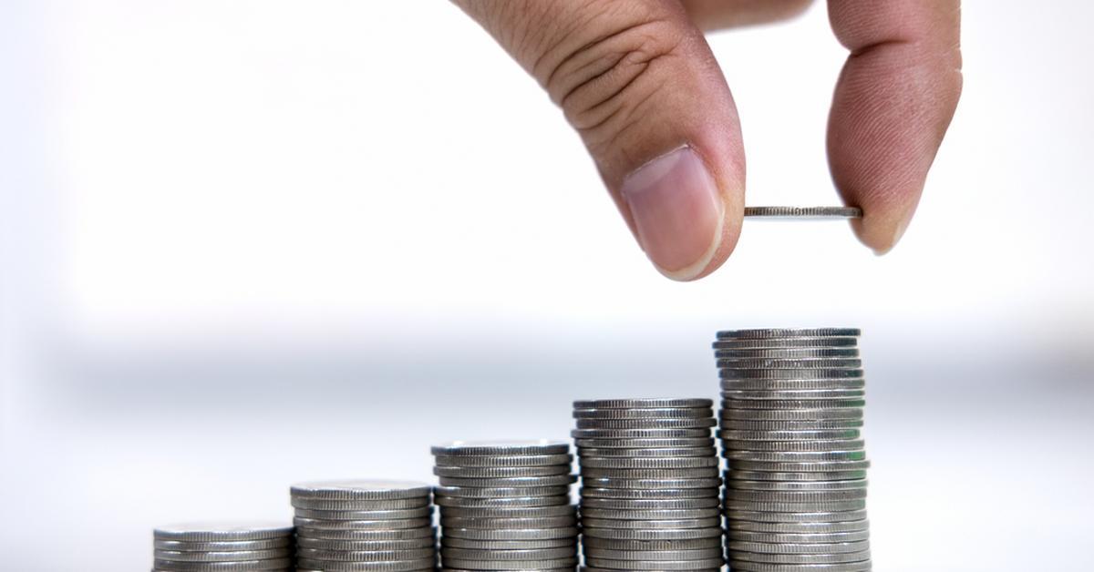 Główny ekonomista MF: Polska jest wśród krajów z najmniejszym deficytem w UE