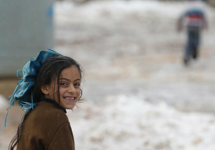 Deca iz izbegličkog kampa u Libanu