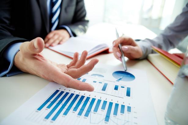 10. Analitycy kredytowi Zagrożenie automatyzacją w ciągu najbliższych 20 lat: 97,9 proc