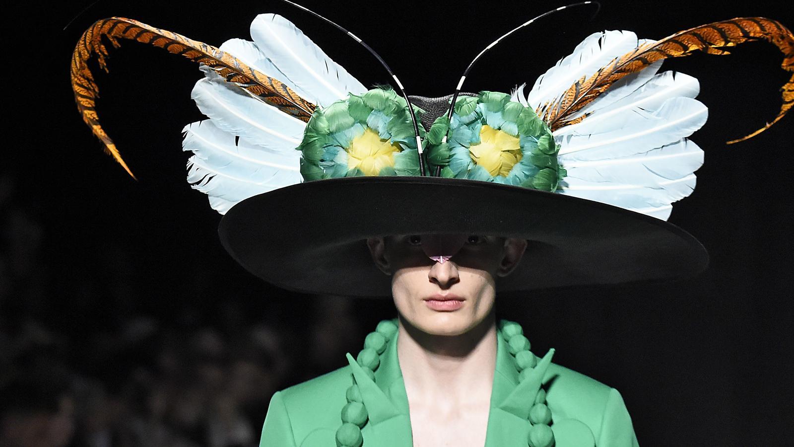 Stephen Jones: Szalony kapelusznik