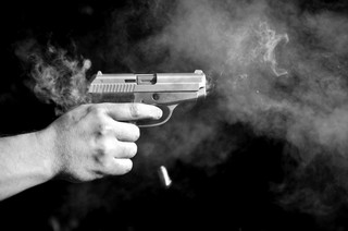 Chicago ma zapłacić 44,7 mln dolarów postrzelonemu przez policjanta