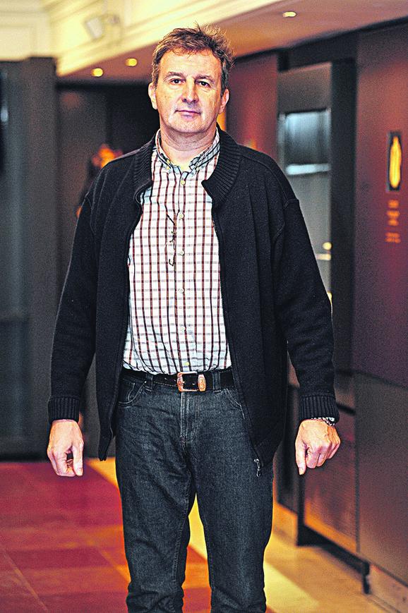 Dejan Savić, jedini kandidat čija je prijava prihvaćena