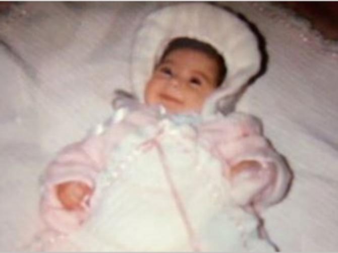 Roditelji su je odbacili ČIM SE RODILA: 16 godina ih je tražila a onda saznala KO joj je rođena sestra i OSTALA BEZ TEKSTA