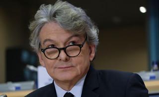 Komisarz Breton: Celem UE jest zaszczepienie wszystkich chętnych obywateli do końca lata