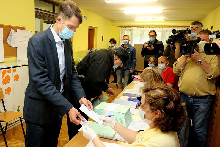 balint pastor glasao u subotickom naselju mali radanovac u obdanistu 210620 RAS foto Biljana Vuckovic 004