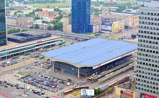 Trudna sytuacja sklepów na dworcach. Emilewicz obiecuje odroczenie czynszu i rachunków za energię
