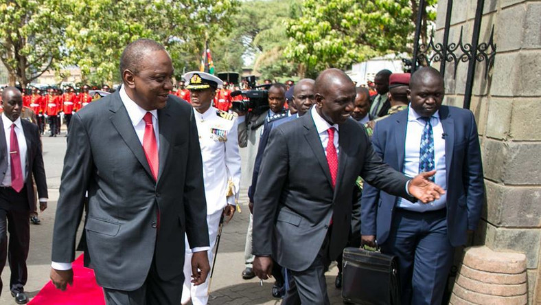 Signs that Uhuru could have conned Raila by faking Ruto betrayal