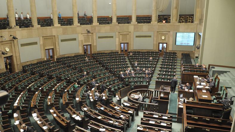 Sejm świeci pustkami, większość posłów wyjechała na ferie
