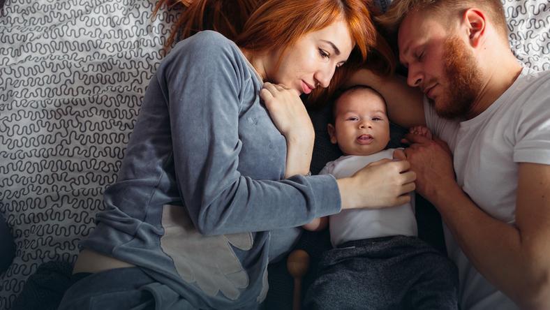 Dobry rodzic pokazuje, co to znaczy dobry związek, tak by potem dziecko naturalnie wchodziło w zdrowe relacje
