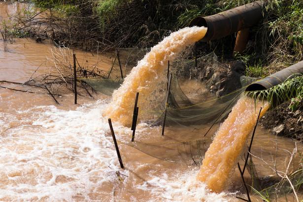 Firma wystosowała też – nadal aktualny, apel do mieszkańców dolnego tarasu miasta o ograniczenie zużycia wody.