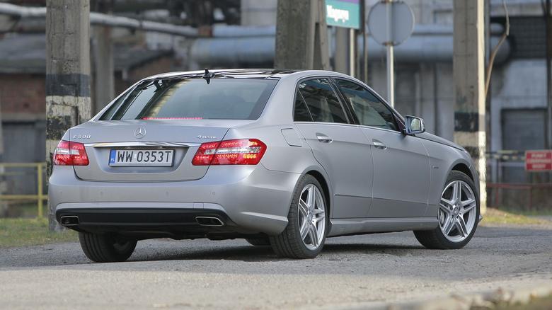 Klasa E jest nie tylko ładnym autem, lecz także bardzo praktycznym.