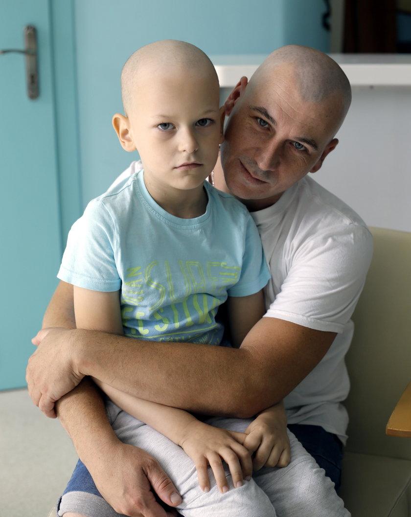 Kacperek z tatą Piotrem
