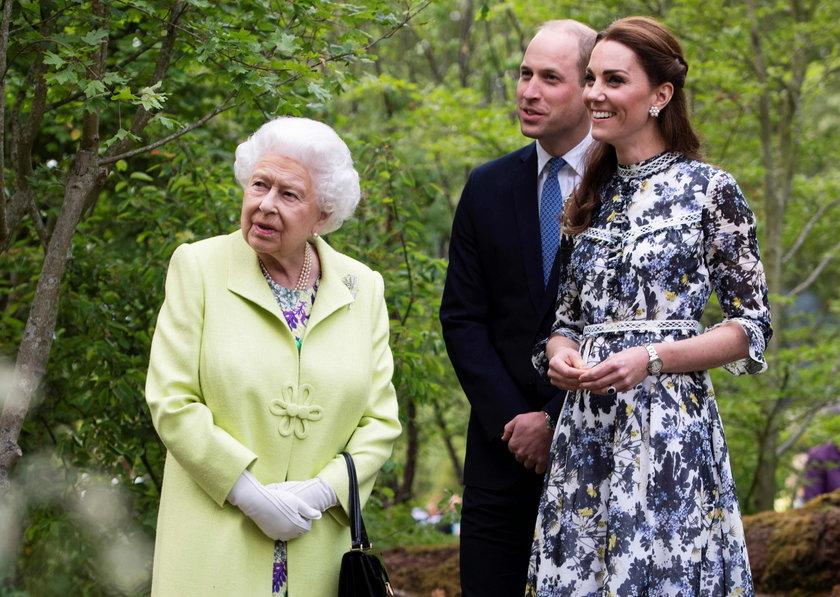 Dramat królowej Elżbiety. Wszystko przez koronawirusa