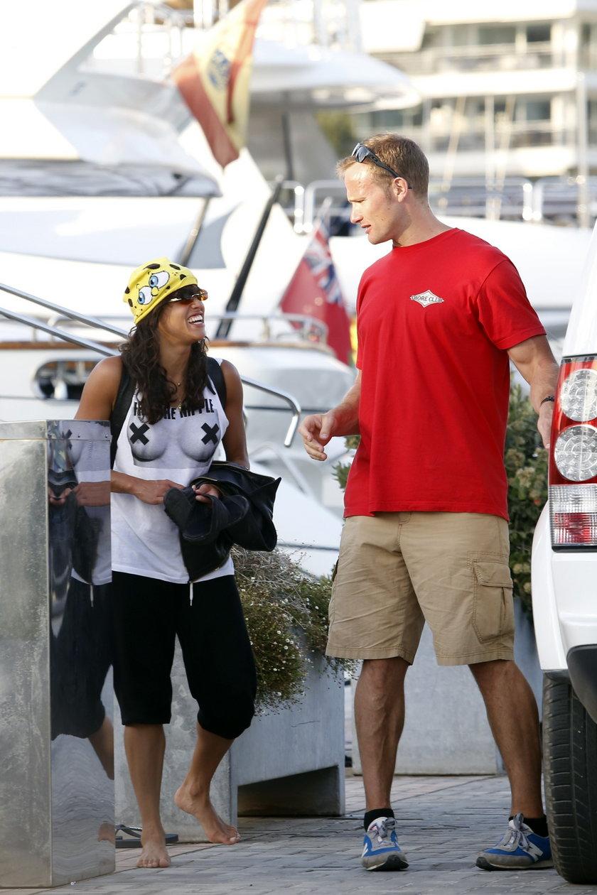 Michelle Rodriguez w prowokacyjnym T-shircie