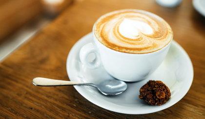 Rób kawę jak barista w swoim domu! Ekspresy do kawy, kawiarki i zaparzacze w świetnych cenach