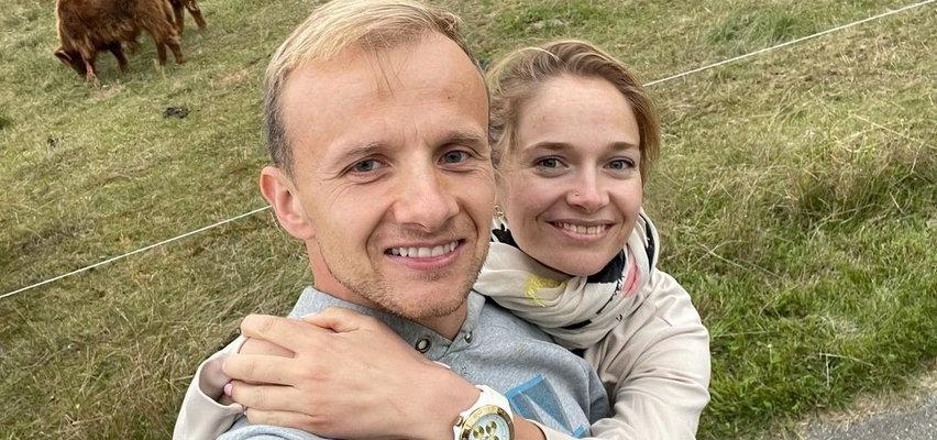 """Paweł i Marta z """"Rolnik szuka żony"""" zaręczyli się! Marta pokazała efektowny pierścionek"""