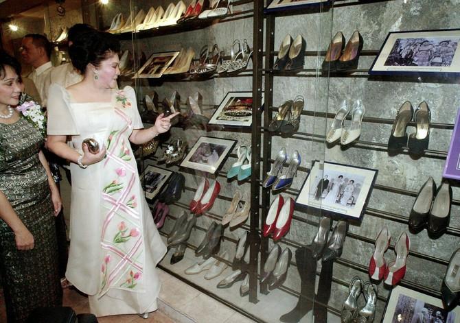 Ni dan danas nije poznato da neko imao veću kolekciju cipela!