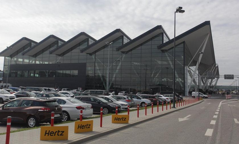 Afera na gdańskim lotnisku. Ormianin oskarżony o terroryzm