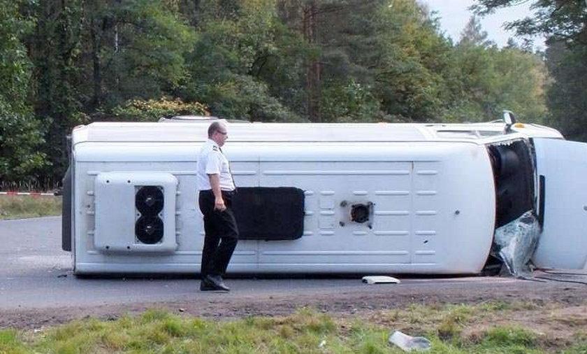 Wypadek busa z dziecmi