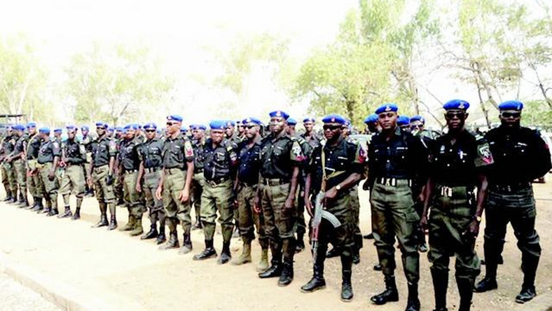 Nigerian police officers (Premiumtimes)