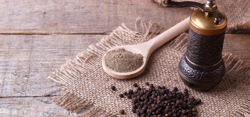 Zabiegi rozluźniające mięśnie - domowe recepty na łagodzenie bólu w obrębie szyi i karku