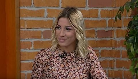Danas vodi jutarnji program na Hepi televiziji, a nekada je bila plesačica poznatim ličnostima na koncertima u Areni! (FOTO)