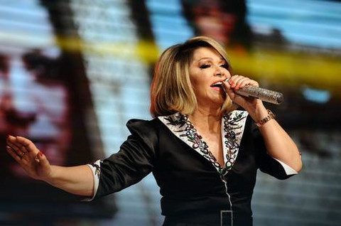"""Neda oduševila publiku u """"Sava centru"""", a nju unuke ovim gestom!"""