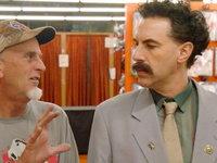 Borat 2 naberá na publicite, reklamu zadarmo mu spravil aj rozčúlený Donald Trump