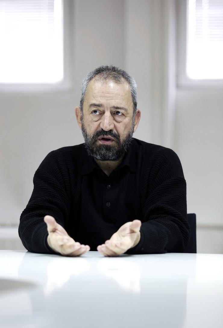 Đakon Nenad Ilić