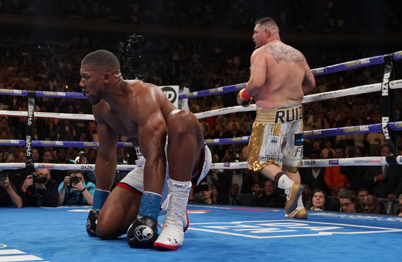 ANDY RUIZ JR – ANTHONY JOSHUA