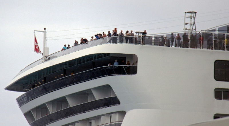 Rejected by Mexico, Caymans over virus fears, cruise ship docks in Mexico