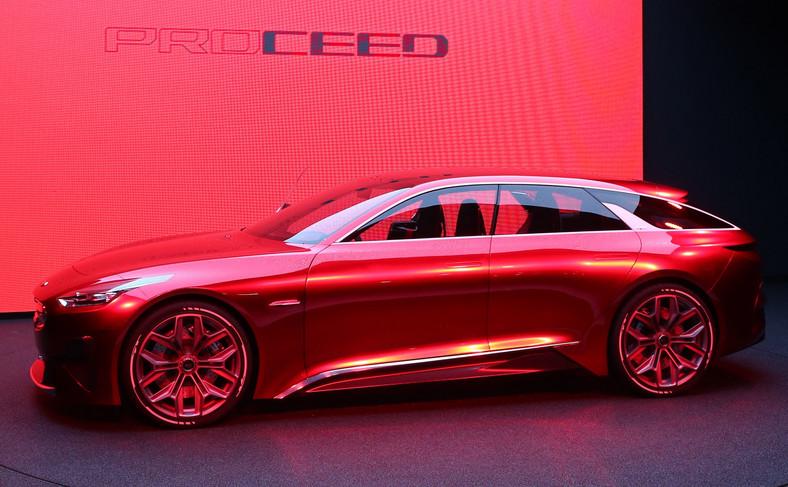 Kia Proceed Concept  - dach wydaje się lewitować nad resztą auta