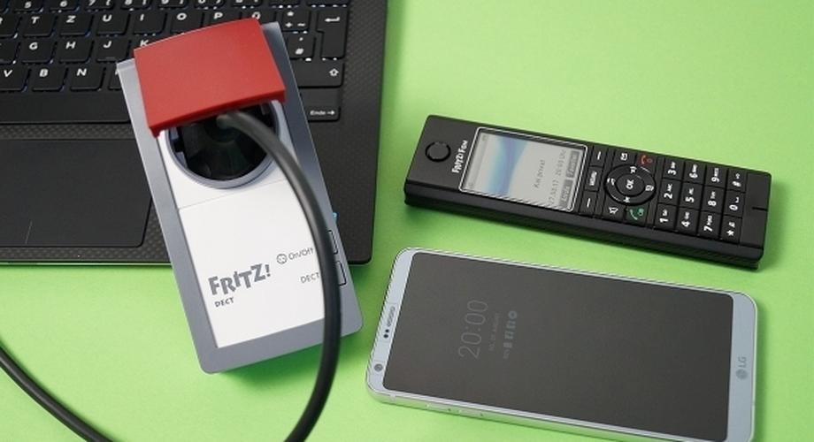 Fritz DECT 210: Funk-Steckdose für drinnen und draußen