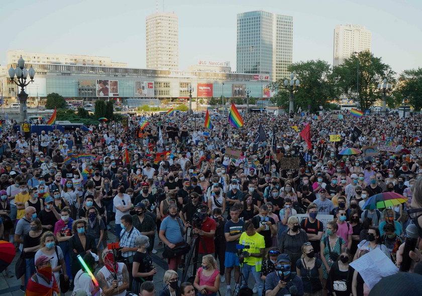 Kolejny dzień protestów środowisk LGBT. Wyszli na ulice polskich miast w obronie Margot
