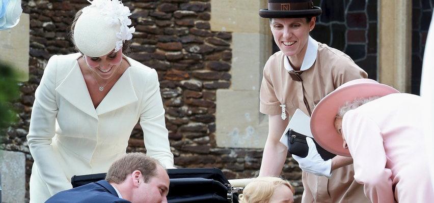 """Tak wychowują dzieci Williama i Kate. """"Wiedzą, że nie mogą płakać"""""""