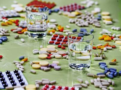 W Polsce rośnie popularność suplementów diety. Kupujemy ich coraz więcej