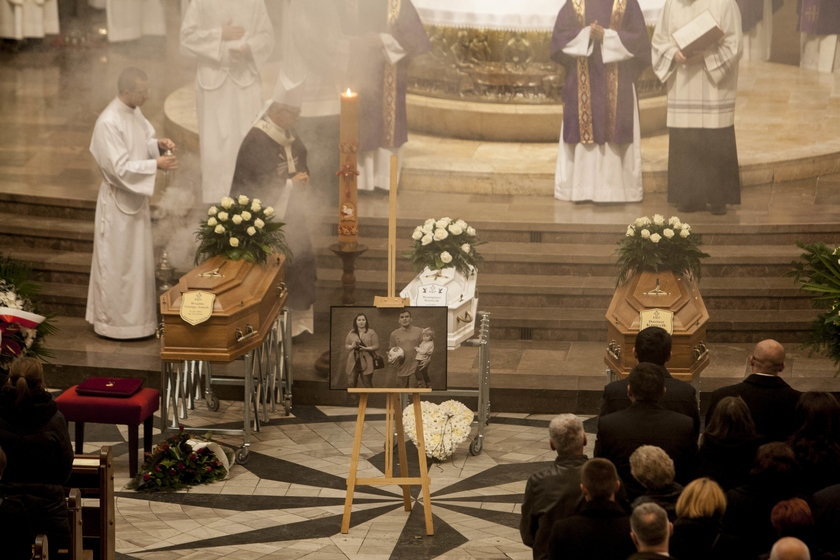 Pogrzeb Dariusza Kmiecika i jego żony Brygidy w Katowicach