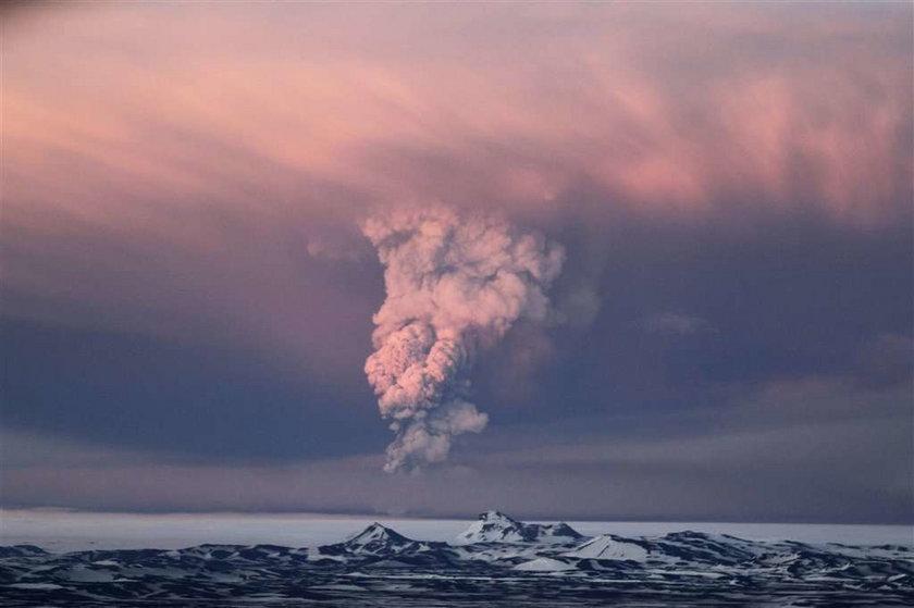Pył z wulkanu we wtorek sparaliżuje lotniska! Które?