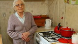 Alarm! Oszuści wciskają emerytom trefne kuchenki