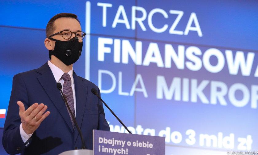 Na zdjęciu premier Mateusz Morawiecki zapowiadający jedną z wcześniejszych  tarcz.
