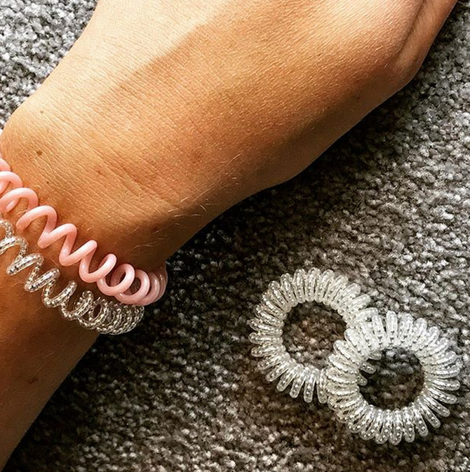 Svi nosimo ove gumice, a ona je na njima napravila imperiju
