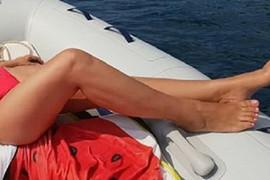 Naša PEVAČICA  bliži se SEDAMDESETOJ: A u bikiniju obara s nogu