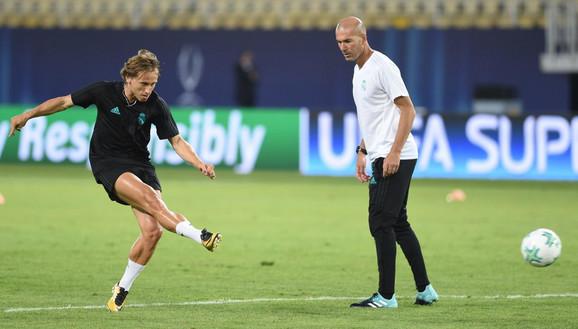 Luka Modrić i Zinedin Zidan