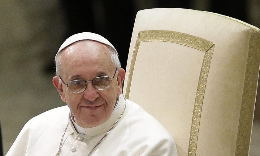 Papieski apartament zbyt luksusowy. Franciszek tam nie zamieszka?