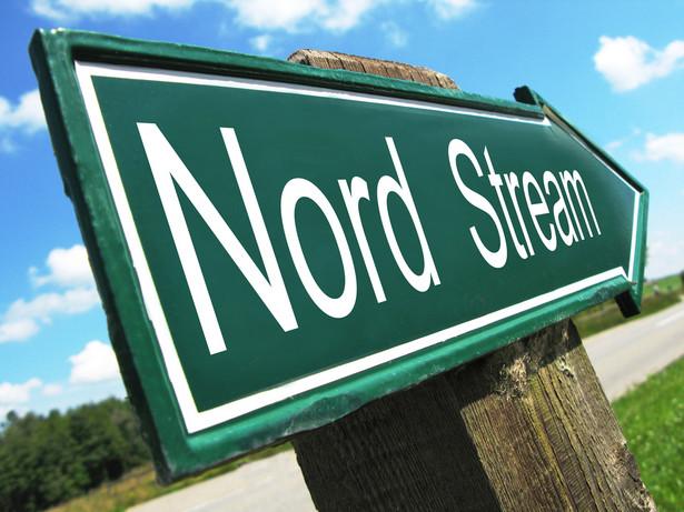 """""""Wiedomosti"""" oceniają, że Gazprom """"nadal skutecznie broni się przed próbami krajów europejskich, by przeszkodzić w budowie Nord Stream 2"""""""