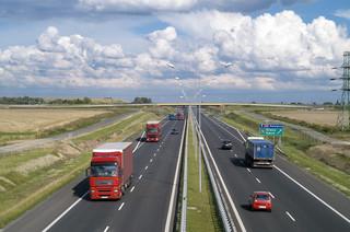Autostrady pozostaną darmowe? Rząd nie pali się do wprowadzania opłat