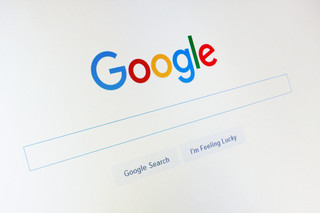 Google wykasuje linki, ale tylko w UE