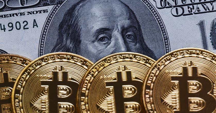 Według Deutsche Banku niska zmienność skłania inwestorów do szukania okazji na rynku kryptowalut
