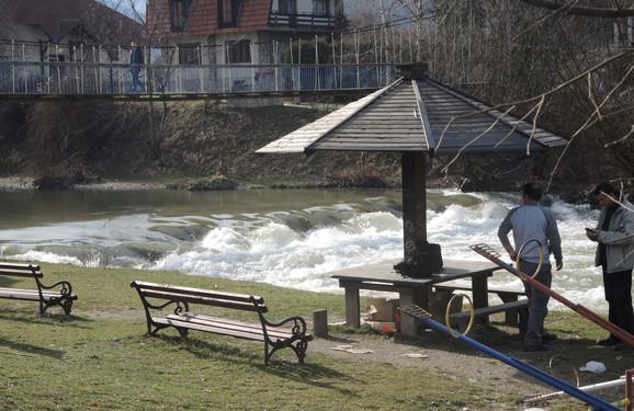 Mesto gde je dečak upao u reku